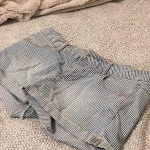 F21 pin stripe blue shorts sz 27